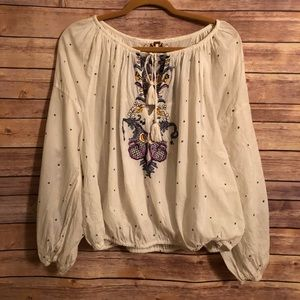 Free People// EUC Cotton Embroidered Peasant Top
